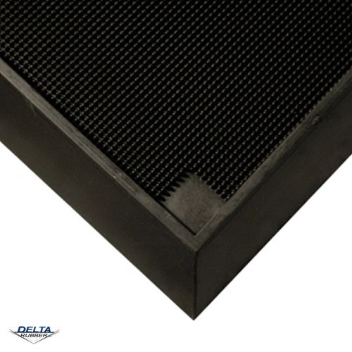Heavy duty entrance mat
